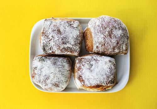 Lucka 16: Ingen dag utan bröd | Pain de Martin