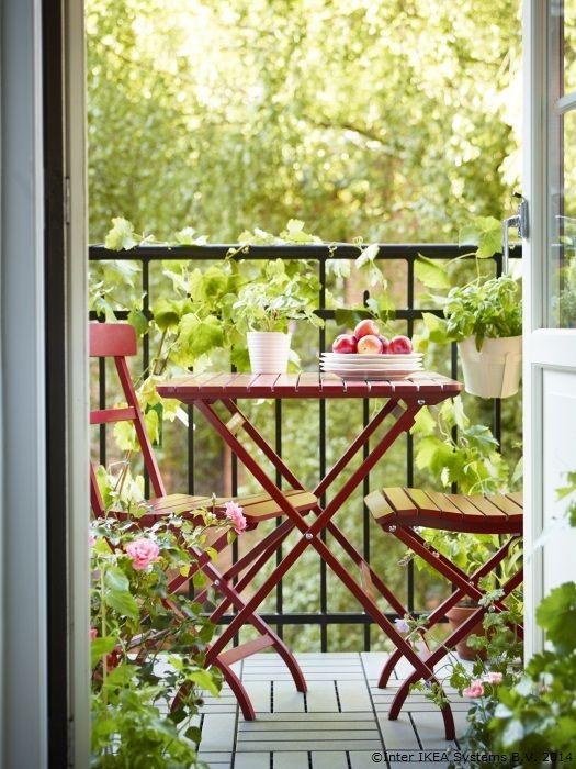 O zi bună poate începe chiar pe balcon.