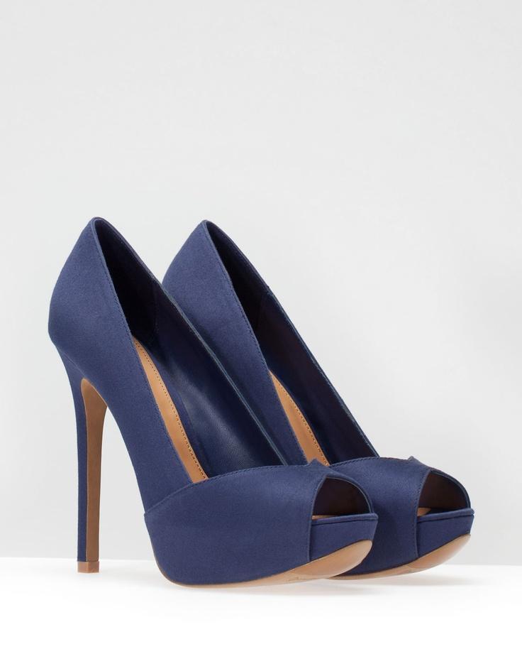 Zapatos de tacón azules! me encantan!