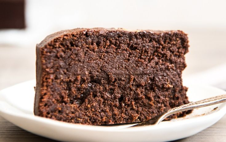 Five Ingredient Mud Cake.  Quick, easy and delicious!  Free from gluten, grains, dairy and refined sugar.  Enjoy!