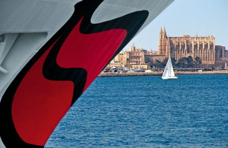 Dreifachanlauf in Palma de Mallorca / Doppelanlauf in Kiel: AIDAaura erstmals an der Förde zu Gast….. Am Pfingstsamstag, 14. Mai 2016, werden gleich drei AIDA-Schiffe den Hafen von Palma de M…