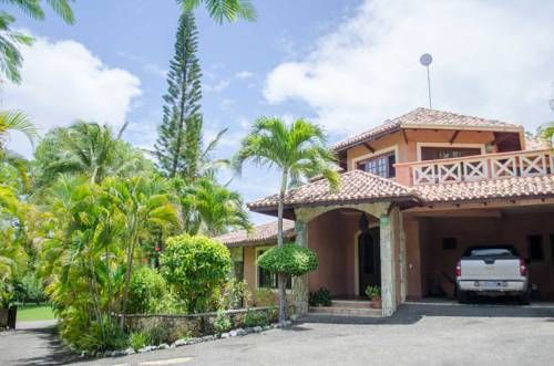 Luxury Villas at Sea Horse Ranch Sos�a Offering a year-round outdoor pool and barbecue, Luxury Villas at Sea Horse Ranch is situated in Sos?a in the Puerto Plata Province Region, 9 km from Cabarete. R?o San Juan is 45 km away.