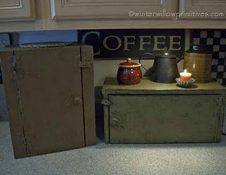 Primitive covers for kitchen appliances, Chris could make these all day!