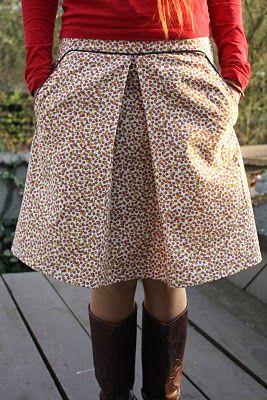 Een rok met zakken <3 die ik zowaar zelf zou willen proberen te naaien!