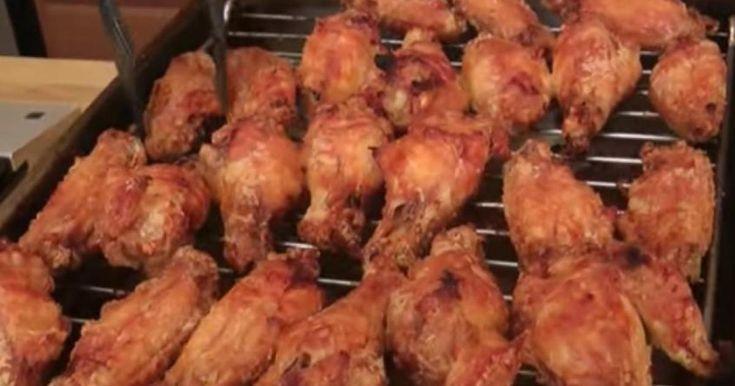 Amateurs d'ailes de poulet croustillantes, préparez-vous à être emballés par cette recette santé!