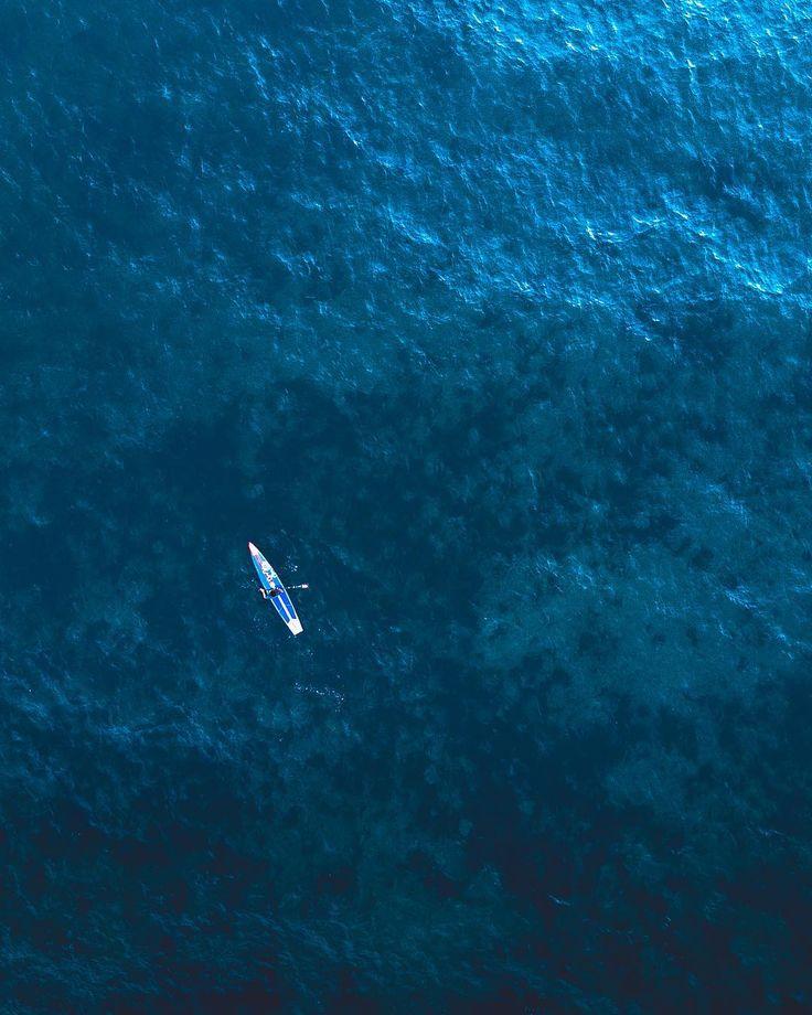 Paddleboarder on the ocean. . #paddleboarding #dronestagram