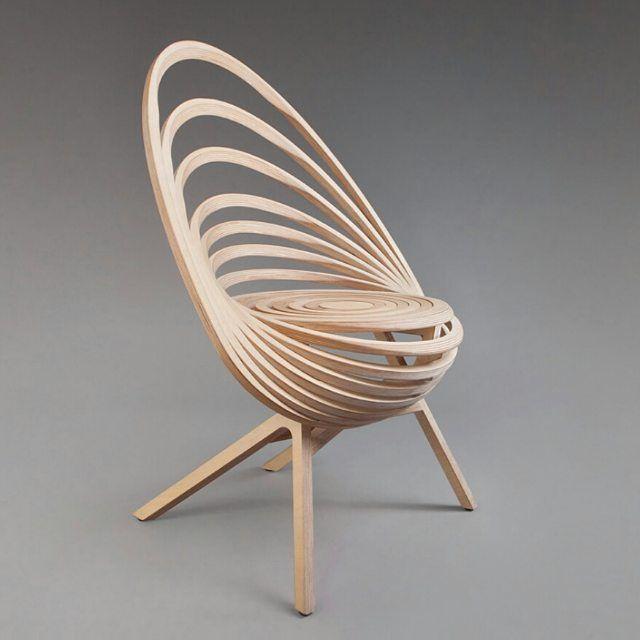 Fauteuil Octave Ou Cadeira Oitava By Estampille 52. Feita Em Madeira.