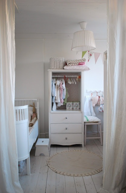 white kid 39 s room love the flooring and the curtains as room dividers nurseries pinterest. Black Bedroom Furniture Sets. Home Design Ideas