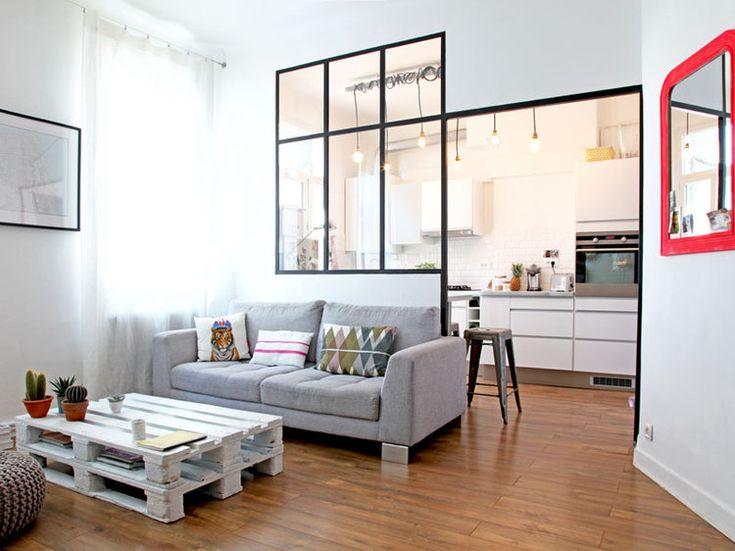 Totalement métamorphosé par Aurélie, l'auteure du blog Blueberry Home, cet appartement marseillais est aujourd'hui un cocon doux et lumineux, égayé de mille et une touches déco.