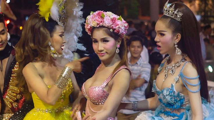 Ladyboy cabaret performers in pattaya thailand-4361
