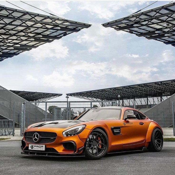 Mercedes Benz GTS AMG