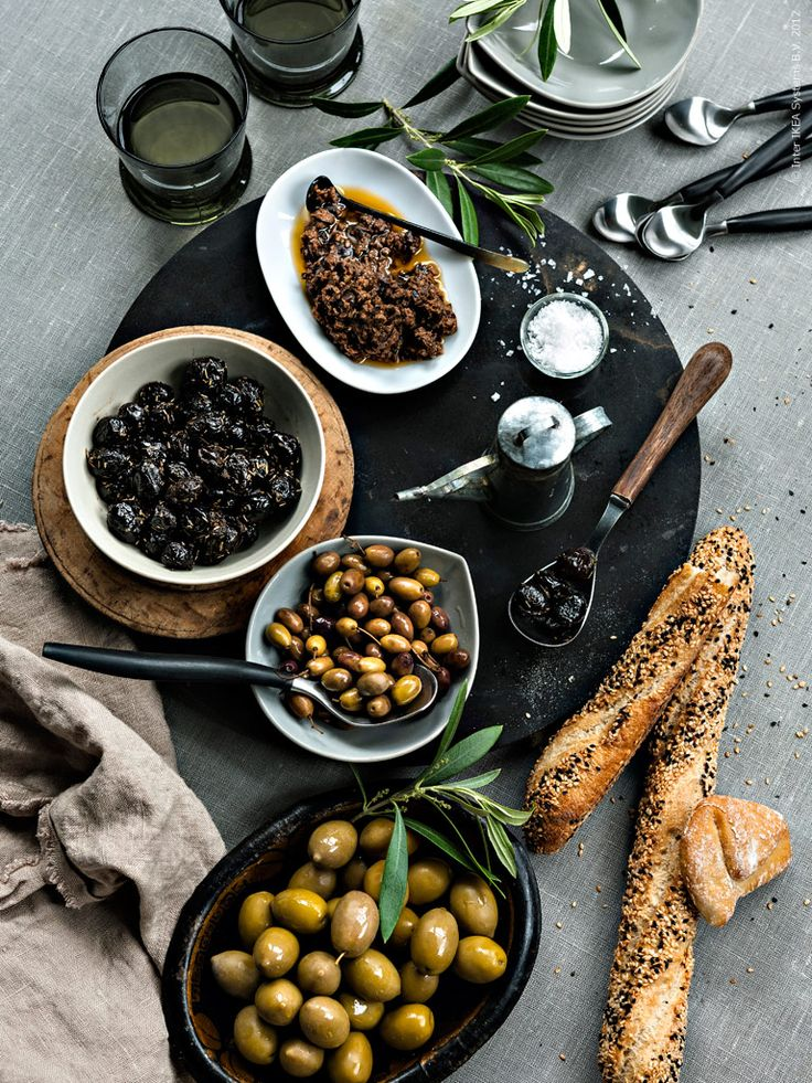 Olives, bread & wine :: perfect combination!