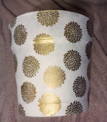 Cheap Plastic Flower pots + Decoupage