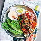 Spiesjes met tempeh en papaja - recept - okoko recepten