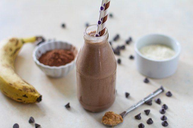 So machen Sie einen köstlichen Protein-Shake, an dem auch kleine Kinder Freude haben. Ein sim …   – Smoothies