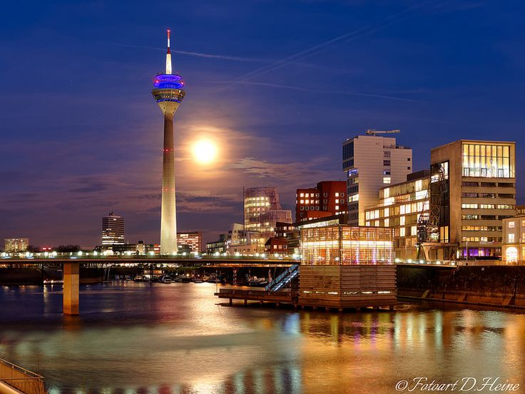 View over the inner harbour called 'Medienhafen' of Düsseldorf, Germany