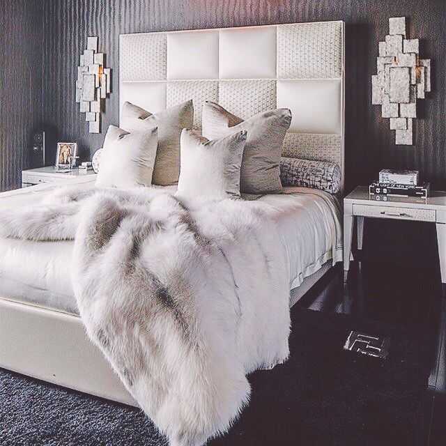 Best 25 glamour bedroom ideas on pinterest for White fur bedroom