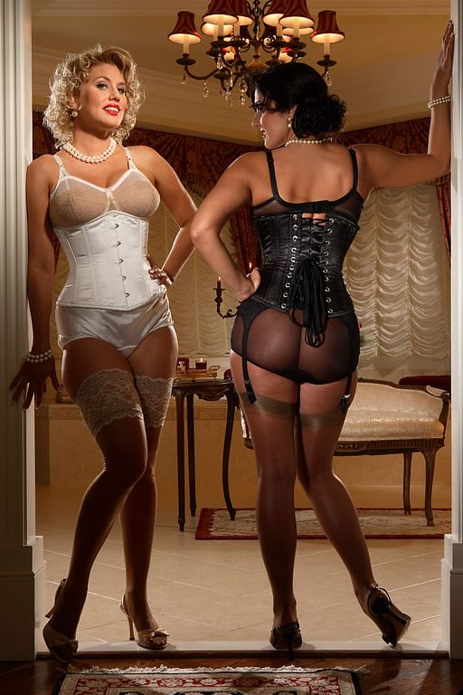Pin by Ms No Dr Pro on Stockings vintage style pinup girls ...