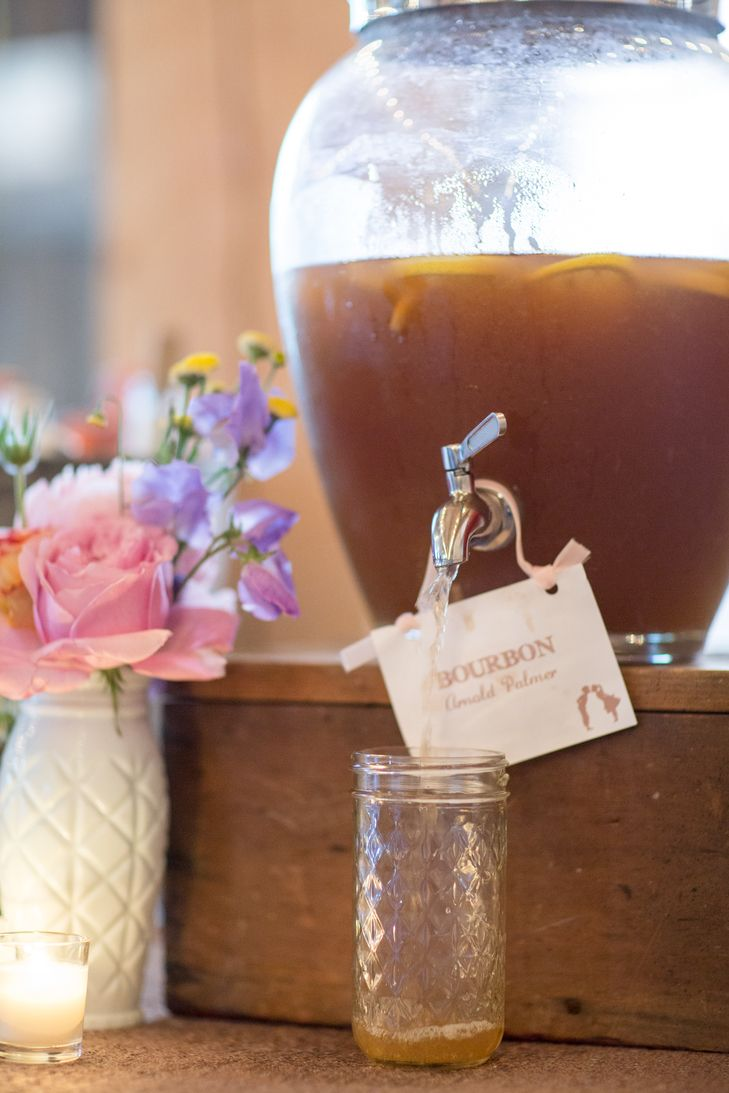 Vibrant pops of color took this rustic wedding to another level! & The 25+ best Rustic beverage dispensers ideas on Pinterest ...