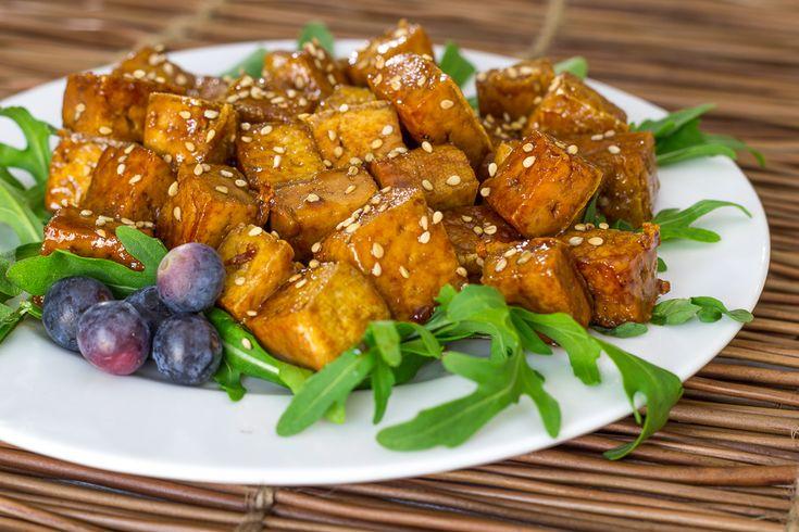 RECETA FÁCIL | Aprende a hacer tofu braseado. Una manera muy rápida de cocinar el tofu y que quede sabroso. Úsalo en ensaladas o sírvelo de aperitivo.