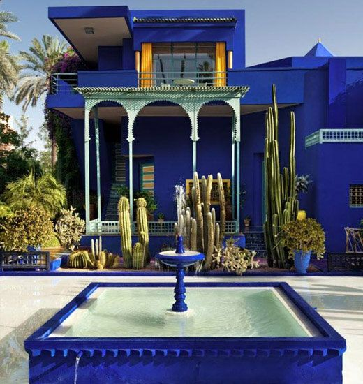 Jardin Majorelle, Yves Saint Laurent's Marrackech home is slathered in electric blue. #myvibemypearl