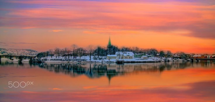 Nidarosdomen Nidelva Gamlebybro and Elgeseter bru by Aziz Nasuti - Photo 137484427 - 500px