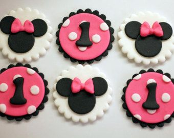 Items similar to Fondant Cupcake Toppers - Bumble Bee on Etsy