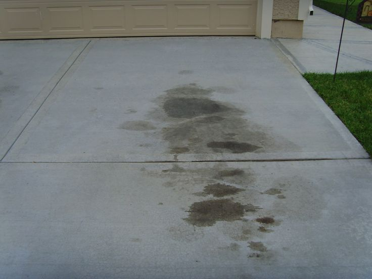 Tip of the Day #77 ~ Use non-clumping kitty litter to remove oil stains from concrete driveway. Pour on stains & let sit overnight. Sweep up next day & use straight Dawn dish soap to pour on top, scrub, leave for 5 min. then rinse. May need to repeat process a few time for old stains.