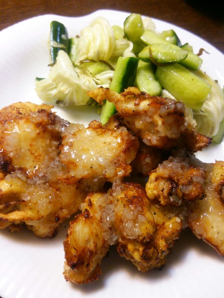 Fried chicken chunks with onion sauce, at home. : )