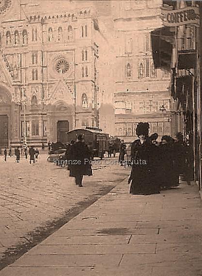 Duomo Campanile sullo sfondo per una tranquilla fredda passeggiata,il sole taglia in due i monument i#ConosciFirenze