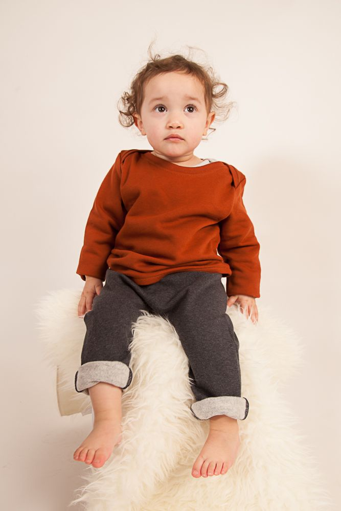 AAMcEvoy AW17   100% Organic cotton  MADE IN IRELAND