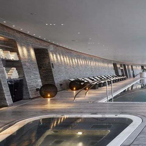 Swimming pool at the Four Seasons Hotel Guangzhou, designed by HBA/Hirsch Bedner Associates.