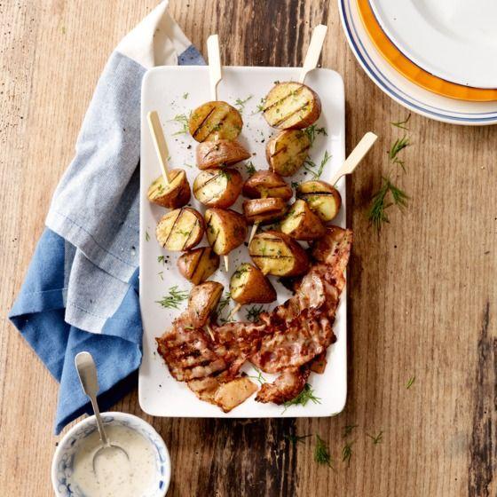 Aardappelspies met mosterd-dilledressing en spek #bbq #barbecue #grill