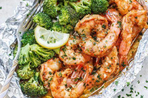 Broccoli chicken casserole with cream cheese and mozzarella   – Food