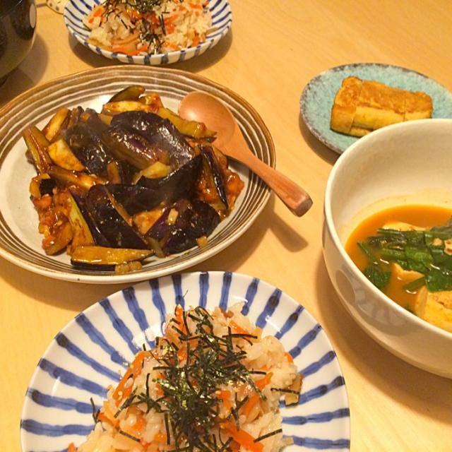 ゆうはん。 - 5件のもぐもぐ - チラシ寿司とナスの炒め物とキムチ豆腐。 by hanaruya9041