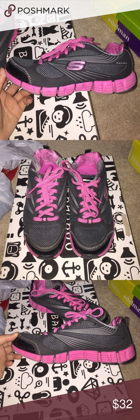 Pink/black Skechers Sport Gym Shoes!!! Worn few times to the gym! Still in good condition! Comfortable to casually walk & run in! I'm a size 6, but still fits perfectly! Shoes Athletic Shoes