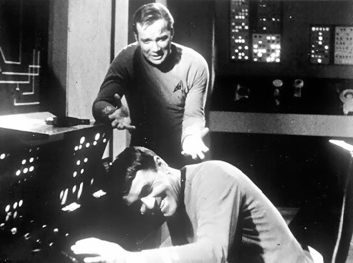 Rare Star Trek TOS behind the scenes pics | home other galleries behind the scenes behind the scenes