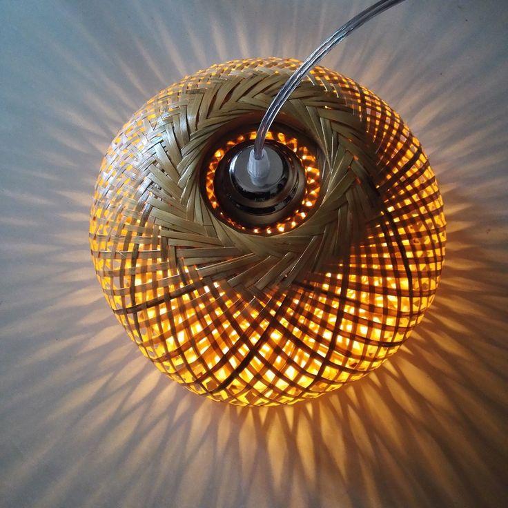 Aliexpress.com: Comprar Naturaleza moderna Lámpara Colgante de tejido a mano de bambú de bambú de trabajo Buen Precio Lámpara Colgante Con Cortinas de bambú Para comedor de bamboo pendant lamp fiable proveedores en Baijuyi -easy home