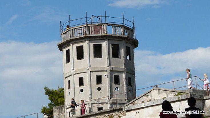 Wenecka twierdza Kaśtel w Puli Więcej informacji o Chorwacji pod adresem http://www.chorwacja24.info/zdjecie/wenecka-twierdza-kastel-w-puli