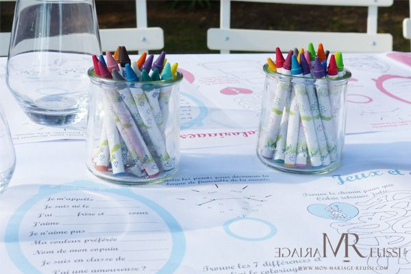 table enfants pour mariage boh me set de table tons pastels et crayons de couleurs mariage. Black Bedroom Furniture Sets. Home Design Ideas