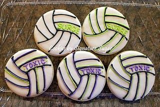 Volleyball cookies!: Cookies Ideas, Volleyball 3, Sugar Cookies, Volleyb Food Ideas, Volleyb Cookies, Volleyball Cupcakes, Birthday Cookies, Volleyball Cookies, Volleyb Parties Ideas