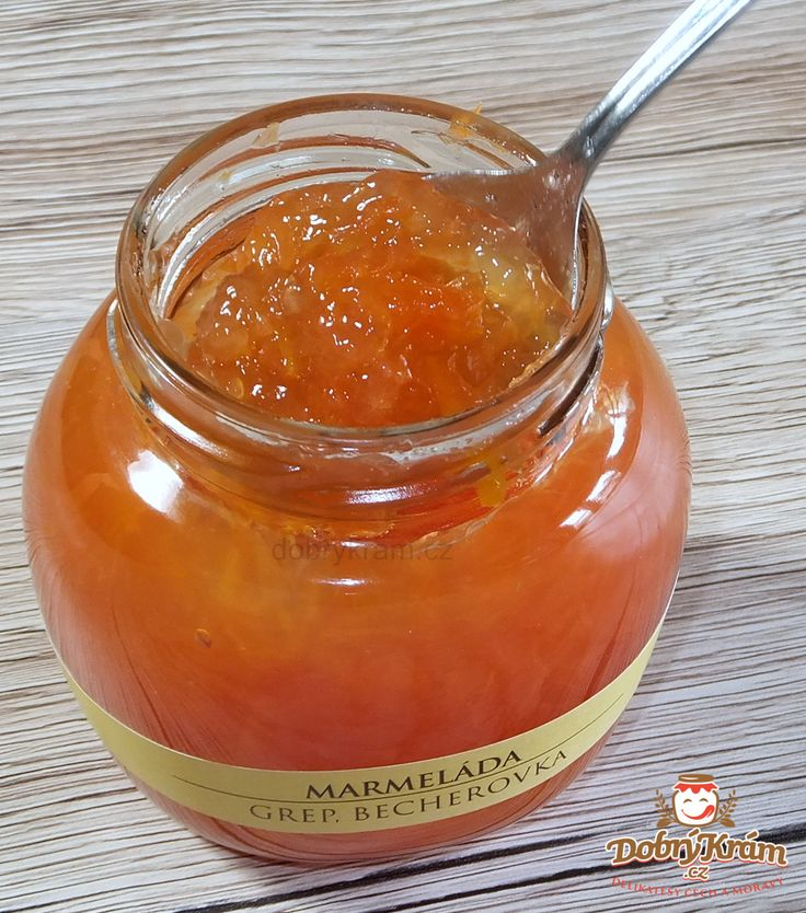 Grapefruitová s becherovkou - má hořko-bylinný nádech