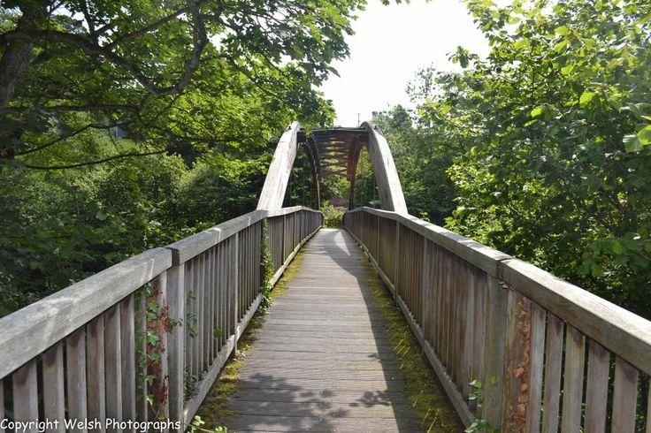 Wooden Foot Bridge over Afon Banwy,Llanfair Caereinion,Powys,Wales. #footbridge #wales