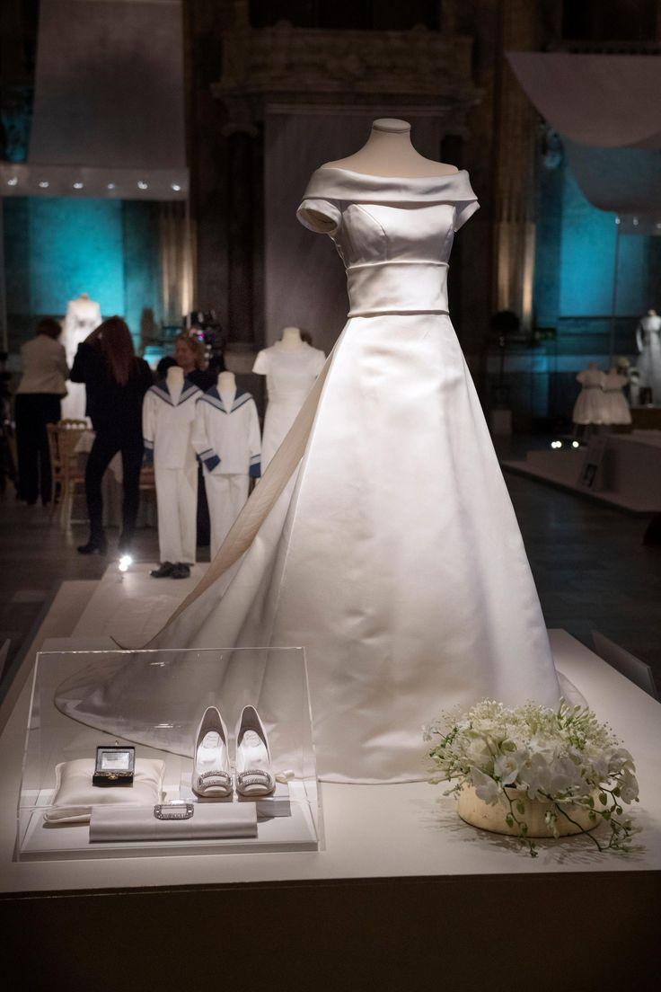 Королевские свадебные платья – 95 фотографий