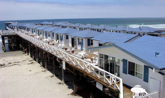 Crystal Pier Hotel & Cottages, San Diego CA... lived in the area, never got to stay here...  so stinkin' CUTE!