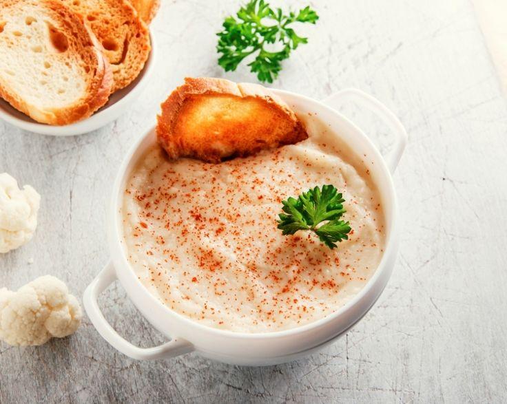 Supa crema de conopida si parmezan salveaza o zi proasta » Andreea Raicu