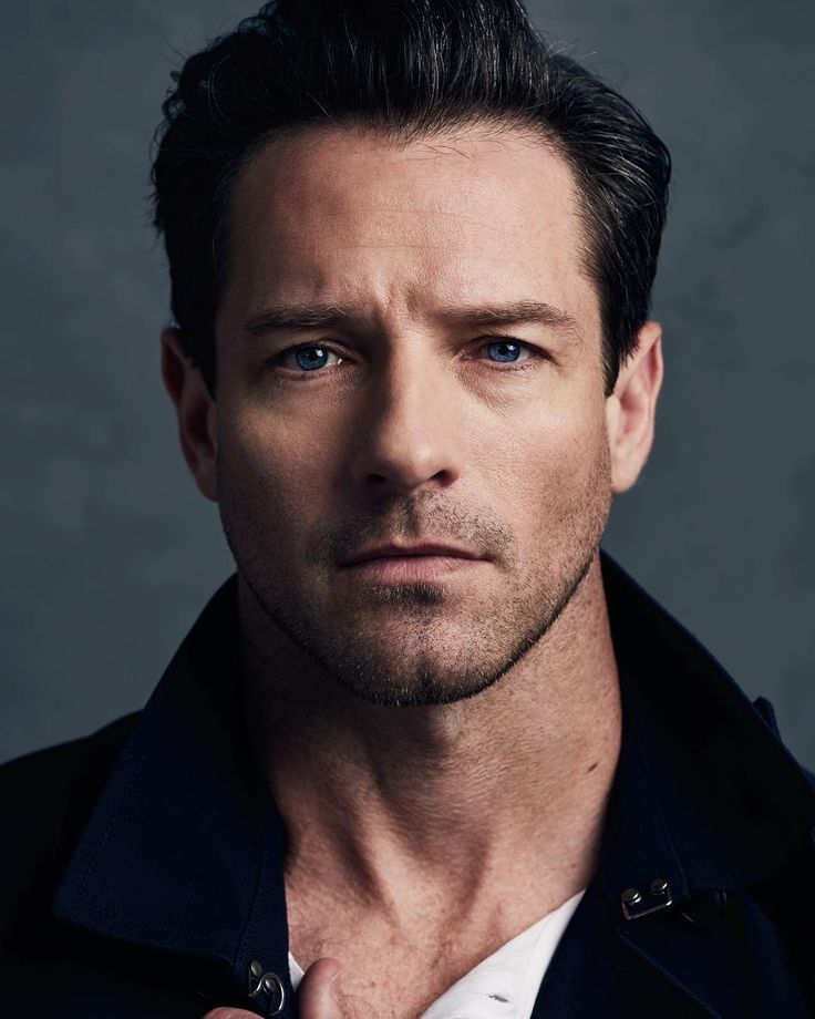 "112.4k Likes, 850 Comments - Ian Bohen (@ianbohen) on Instagram: ""New mugshot. I mean headshot. Cause I ain't been to jail..... in like... ages...."""