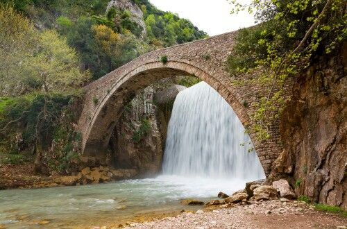 Palaiokaria stone-bridge. Visit there with 1000 Colours