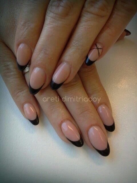 #acrylicnails #nails #essentialcare #portorafti #french # black