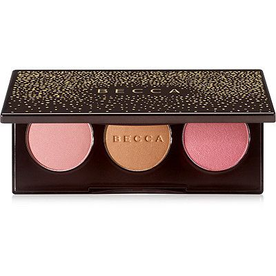 Create endless multi-dimensional looks with this Limited Edition blush palette featuring three universally flattering shades for the ultimate BECCA blushed glow. This beautifully versatile trio of matte & luminous blushes can be worn alone for a subtle flush of radiance, or can be layered to sculpt & infuse light & dimension to every complexion. This highly-blendable palette is the perfect balance of colour & light & delivers a shimmering flush like no other.